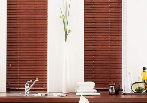 Wood Venetians - hot chestnut