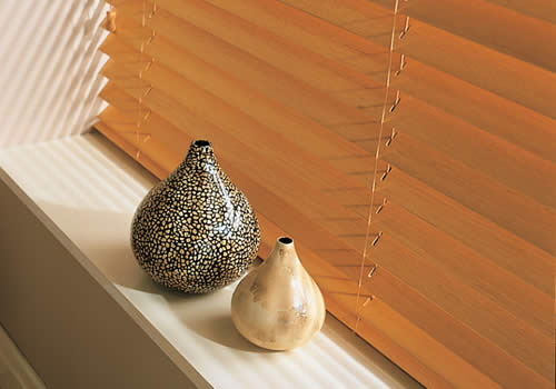 Wood Venetians - medium oak