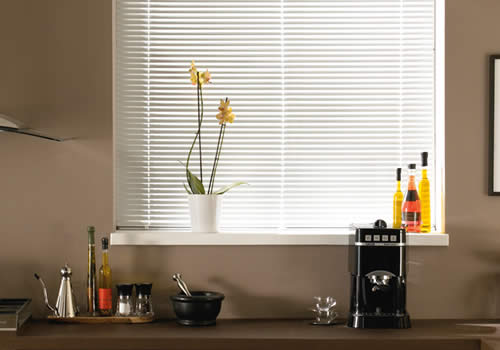 Venetian Blinds in White